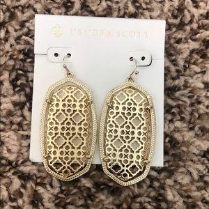 Kendra Scott Danielle Earrings in gold filigree